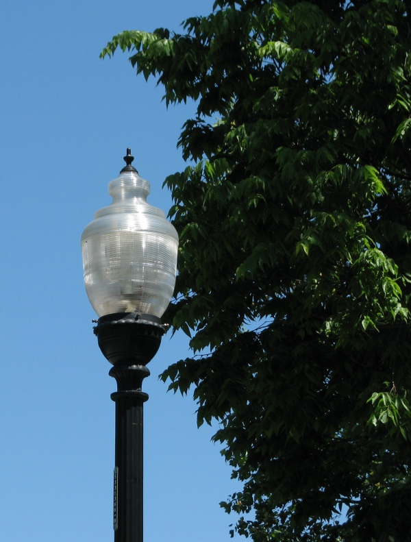 Streetlamp on Meridian Street - Photo by Marg Herder